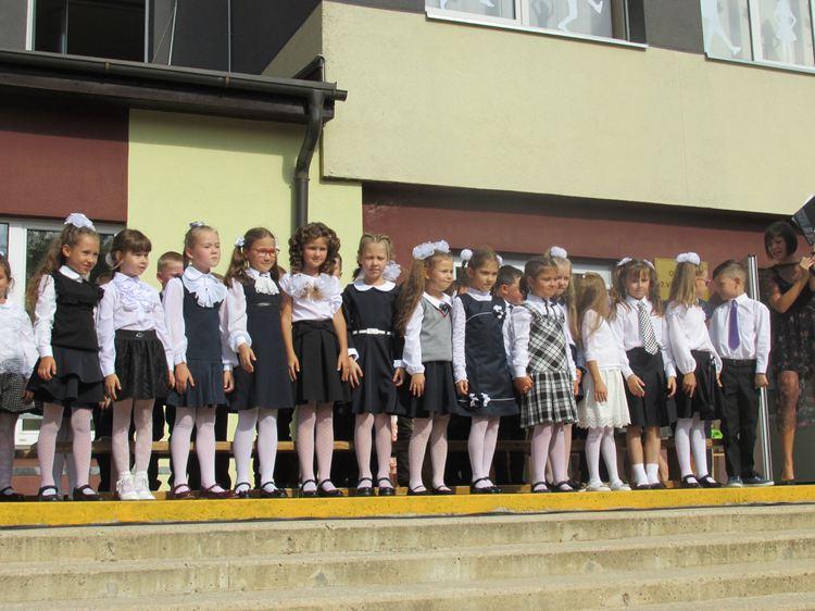 Foto: skolēni. Zinību diena