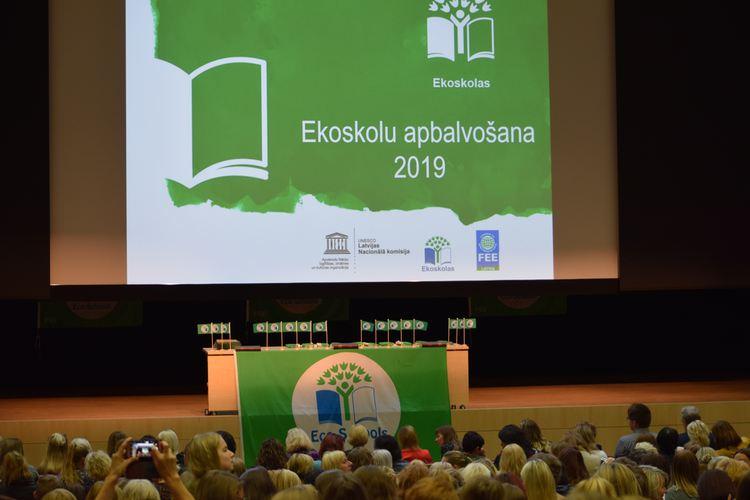 """Foto: """"Ekoskolu apbalvošanas pasākums, 2019"""""""