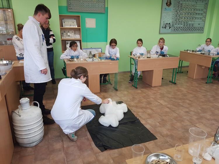 Foto: skolēni. Nodarbības «Ekspertu skolā»