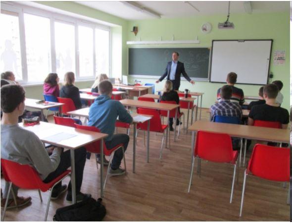 Foto: tikšanās ar Olaines domes deputātu D. Ļebedevu
