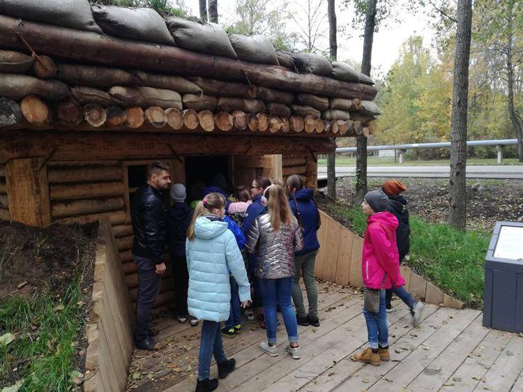 Foto: skolēni. Alternatīvā latviešu valodas stunda