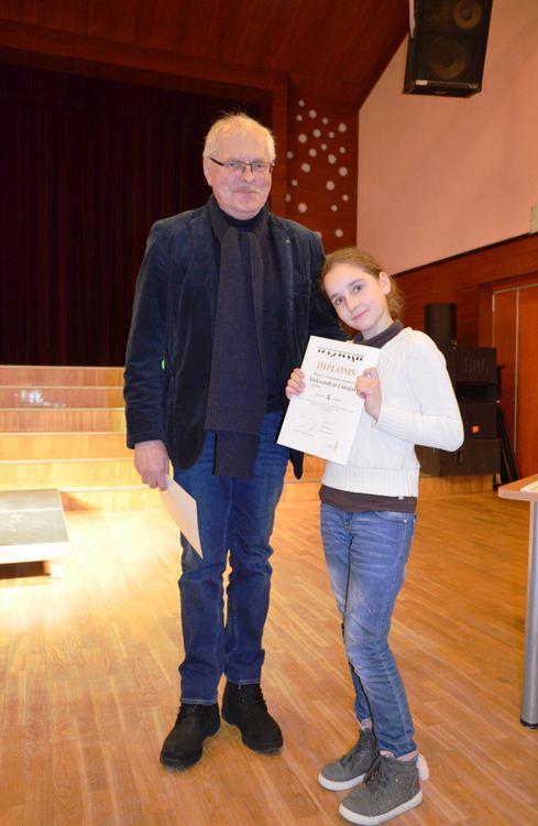 Foto: skolēnu skatuves runas konkurss
