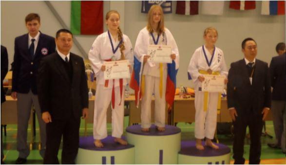 Foto: Eirāzijas čempionāts pa Džosui karatē